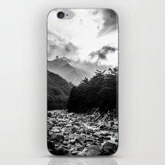 Seoraksan - Black and White iPhone & iPod Skin