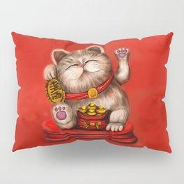 Maneki-neko Beckoning cat on red Pillow Sham