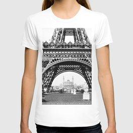 Vintage Eiffel Tower Photograph T-shirt