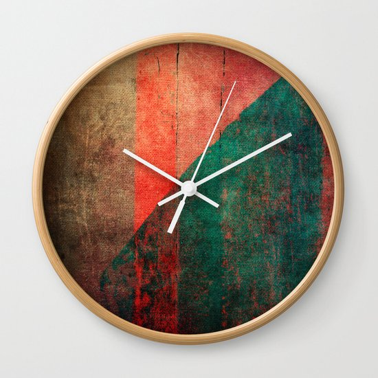A Idade da Terra (The Age of the Earth) Wall Clock