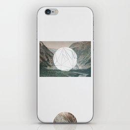 A fine circle iPhone Skin