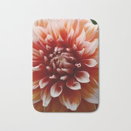 Cognac-Colored Dahlia Bath Mat