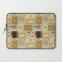 Snail Mail Laptop Sleeve