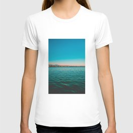 Blue sea and orange cityscape T-shirt