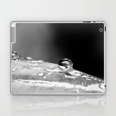drop in black and white Laptop & iPad Skin