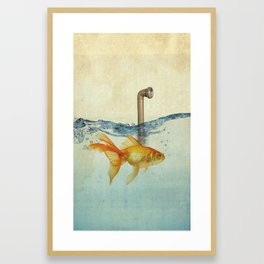 periscope goldfish Framed Art Print
