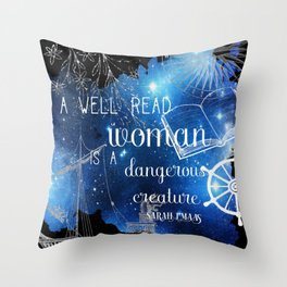 a well read woman Throw Pillow