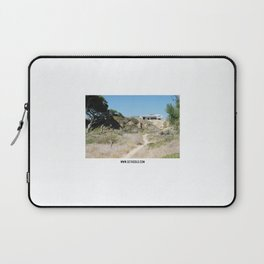 Form on the wet sand - II Laptop Sleeve