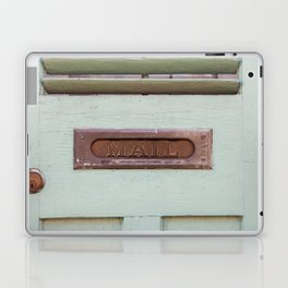 Mail Laptop & iPad Skin