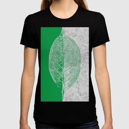 Natural Outlines - Leaf Green & Concrete #774 T-shirt