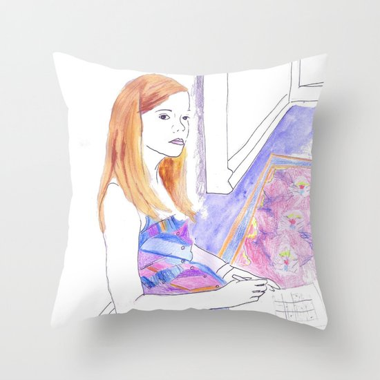 Elle Fanning, Somewhere Throw Pillow