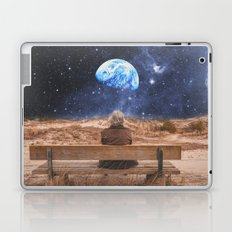 PLANET EARTH, THE UNIVERSE AND I Laptop & iPad Skin