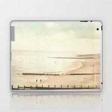 Not so vintage beach... Laptop & iPad Skin