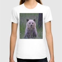 The most adorable grizzly bear cub in Jasper National Park   Canada T-shirt