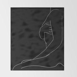 plaisir Throw Blanket