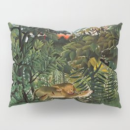 "Henri Rousseau ""A Lion Devouring its Prey"", 1905 Pillow Sham"