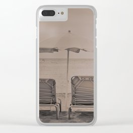 The loneliness of the deck chairs - La soledad de las tumbonas Clear iPhone Case