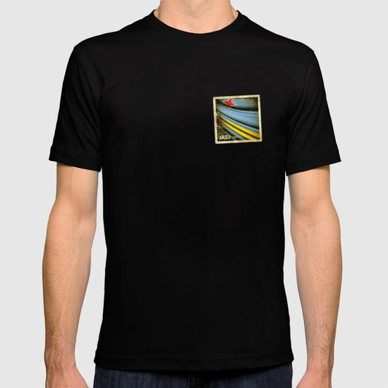 Grunge sticker of Aruba flag T-shirt