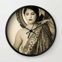 Vintage postcard - L'idole Wall Clock