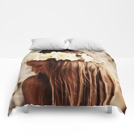 Hawaiian Girl Comforters