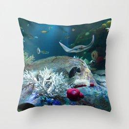 Sting Ray Throw Pillow