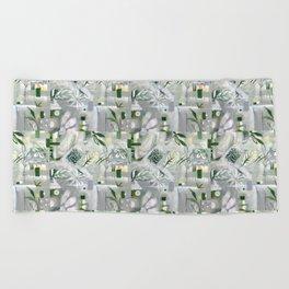 green_pattern Beach Towel