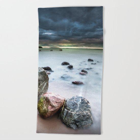 Dead on arrival Beach Towel