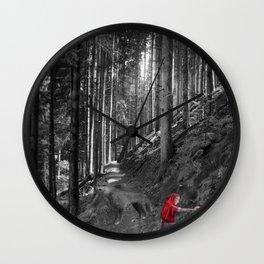 Chaperon rouge Wall Clock