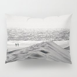 Walking the beach NO1 Pillow Sham