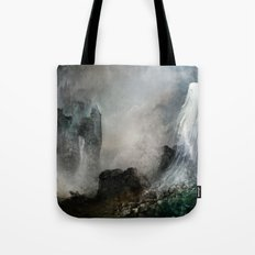 Château Noir pour Dame Blanche Tote Bag