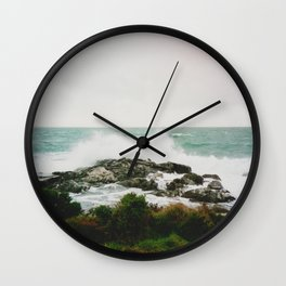 New Zealand wave, film Wall Clock