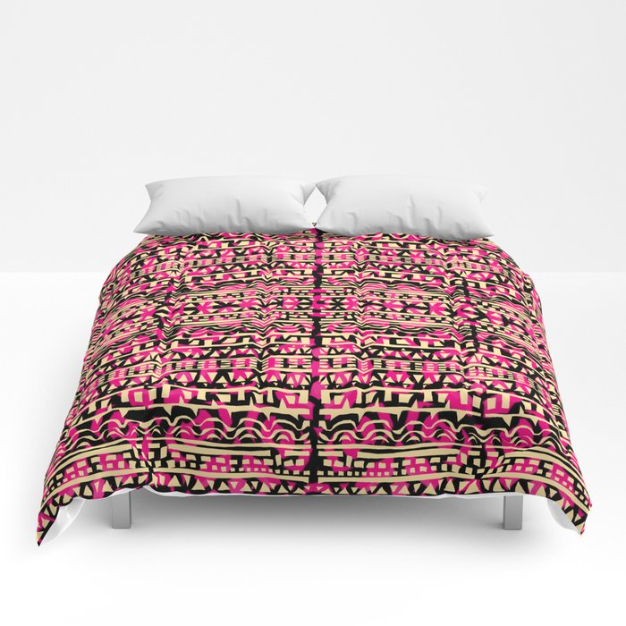 Tapestry Pattern Small Scale - Golden Pink Comforters