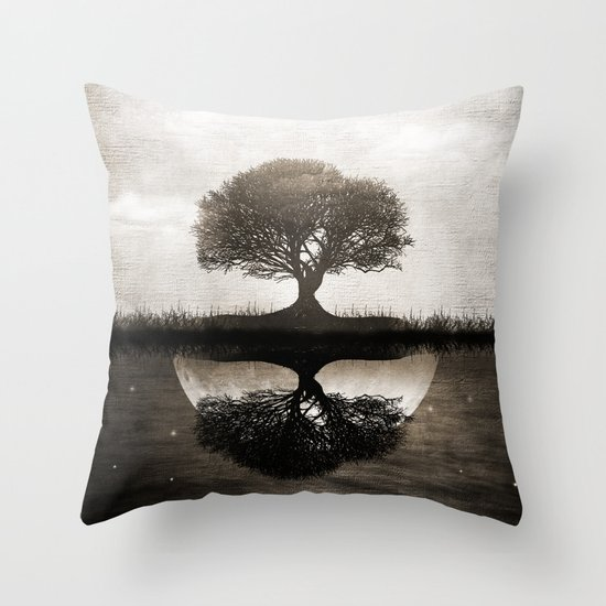 The lone Night reflex Throw Pillow
