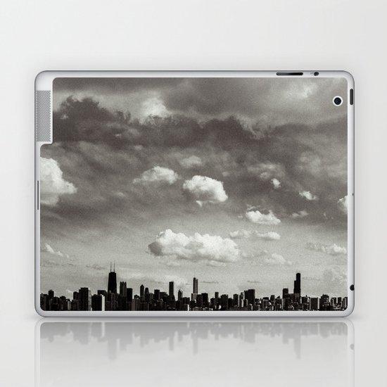 Chicago Skyline - Lone Cloud Laptop & iPad Skin