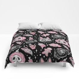 SPOOKS OR CREEPS Comforters