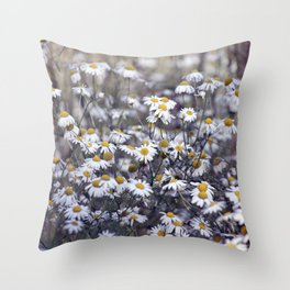 Wild Daisies Field 4130 Throw Pillow