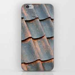 Old tile roof iPhone Skin