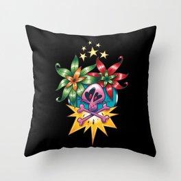 Tatouage de Mégane Throw Pillow