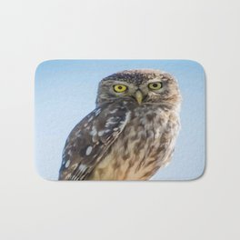 Cute Barn Owl Making Eye Contact Vector Bath Mat