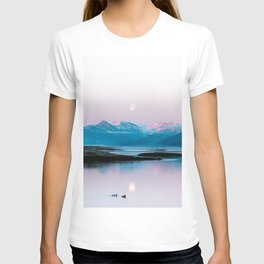 Ducks in front of a moonlit mountain at sunrise – Landscape Photography T-shirt