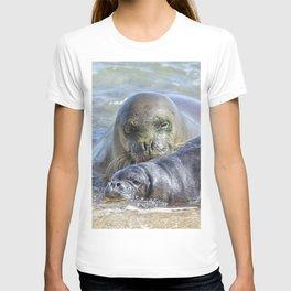 Mama Monk Seal and Pup at the Shoreline, No. 2 - RB00 and PK1 T-shirt