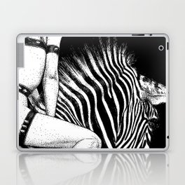 asc 705 - La cavalière Mang (Do you see what I see?) Laptop & iPad Skin
