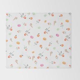 ROSES & MACARONS Throw Blanket