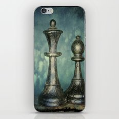 The Queen and her iPhone & iPod Skin