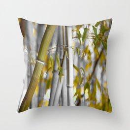 Bambuswald abstrakt Throw Pillow