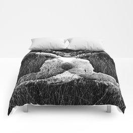 DARK MEDITATIVE POWER Comforters