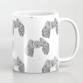 Flying Great Grey Owl pattern Coffee Mug