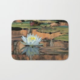 Walled Water Lily Bath Mat