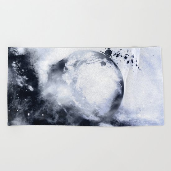 Pictor Beach Towel