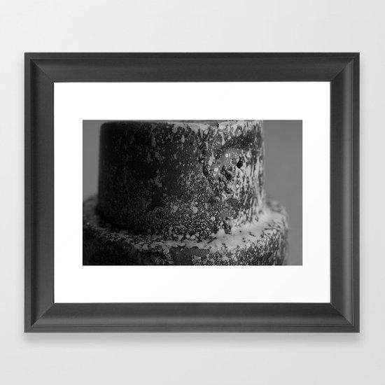 Spray Cap Tiger Framed Art Print